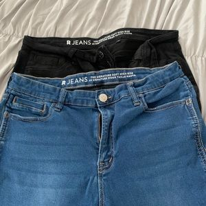 2 Pairs of R Line Soft High rise Cropped Jeans
